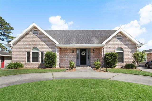 328 Ormond Village Drive, Destrehan, LA 70047 (MLS #2203376) :: Crescent City Living LLC