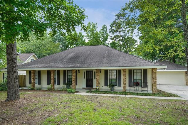 195 Beau Rivage Drive, Mandeville, LA 70471 (MLS #2203394) :: Inhab Real Estate