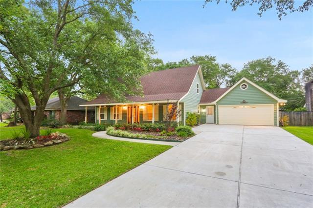 288 W Essex Drive, Slidell, LA 70461 (MLS #2203698) :: The Sibley Group
