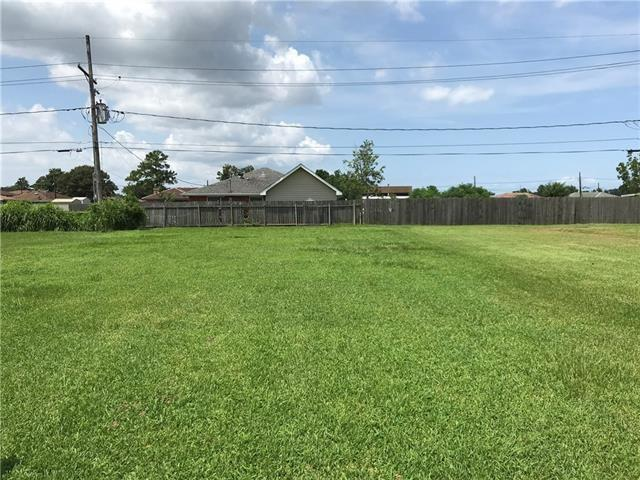72 W Claiborne Square, Chalmette, LA 70043 (MLS #2203704) :: Inhab Real Estate