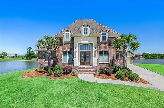 204 Azores Drive, Slidell, LA 70458 (MLS #2203767) :: The Sibley Group