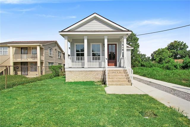 921 Flood Street, New Orleans, LA 70117 (MLS #2203966) :: Crescent City Living LLC