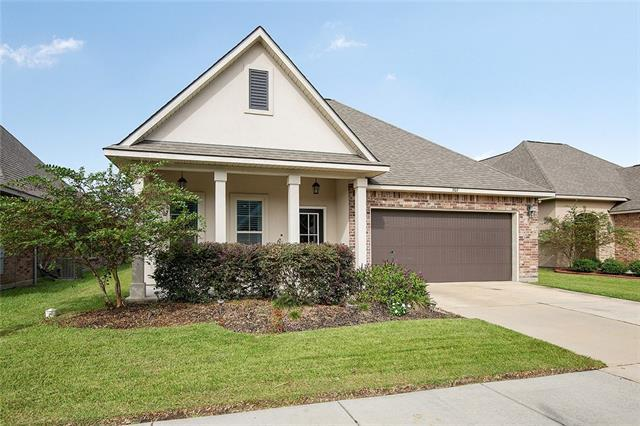 707 Northbrook Drive, Baton Rouge, LA 70820 (MLS #2203971) :: The Sibley Group