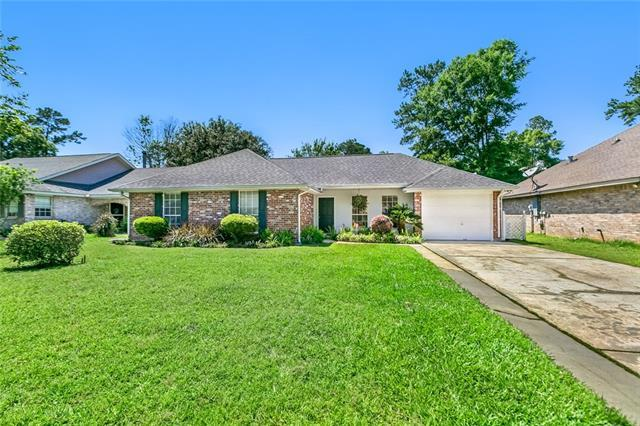 2274 Rue Pickney Street, Mandeville, LA 70448 (MLS #2203986) :: Turner Real Estate Group
