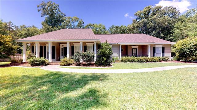 126 Tchefuncte Parc Drive, Madisonville, LA 70447 (MLS #2204067) :: Turner Real Estate Group