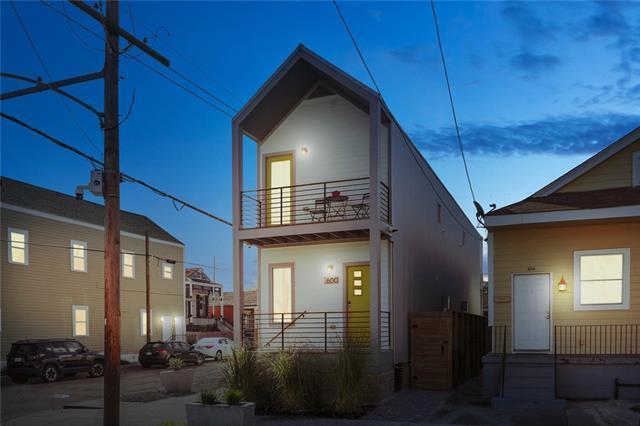 600-602 S Cortez Street, New Orleans, LA 70119 (MLS #2204329) :: Crescent City Living LLC