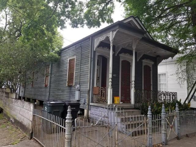 702 Washington Avenue, New Orleans, LA 70130 (MLS #2204370) :: Crescent City Living LLC