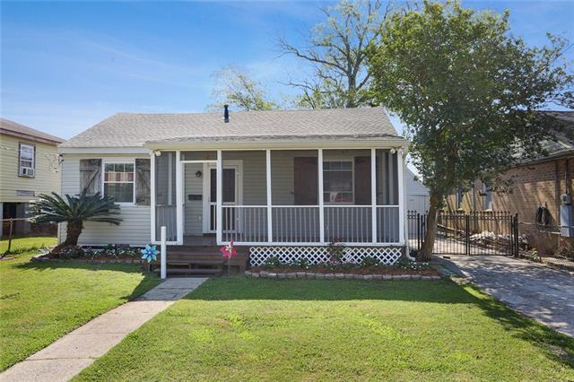713 Betz Avenue, Jefferson, LA 70121 (MLS #2204397) :: Crescent City Living LLC