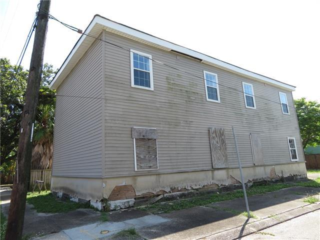 434 Delery Street, New Orleans, LA 70117 (MLS #2204550) :: Crescent City Living LLC