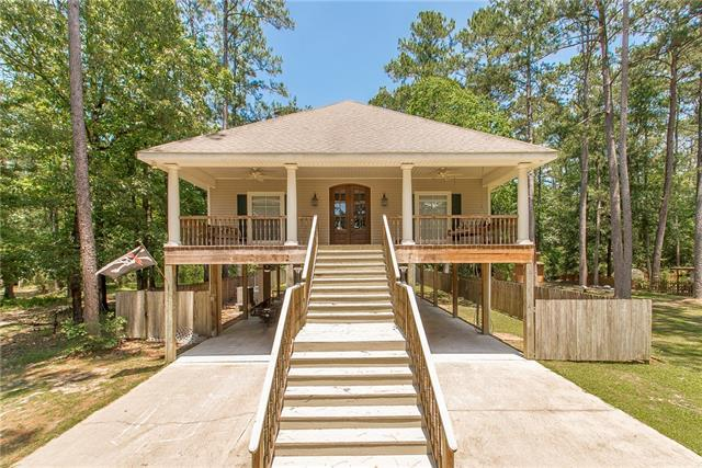 31547 River Pines Drive, Springfield, LA 70462 (MLS #2204626) :: Turner Real Estate Group