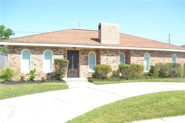 2705 Cambridge Street, La Place, LA 70068 (MLS #2204731) :: Inhab Real Estate
