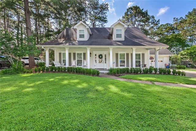 111 Beau Pre Drive, Mandeville, LA 70471 (MLS #2204829) :: Turner Real Estate Group