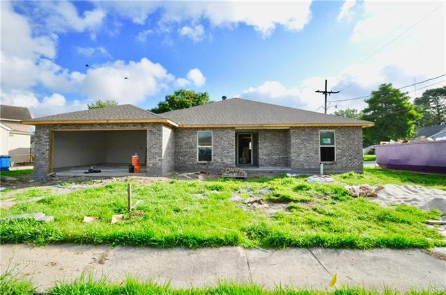 2701 Ivy Place, Chalmette, LA 70043 (MLS #2204843) :: Turner Real Estate Group