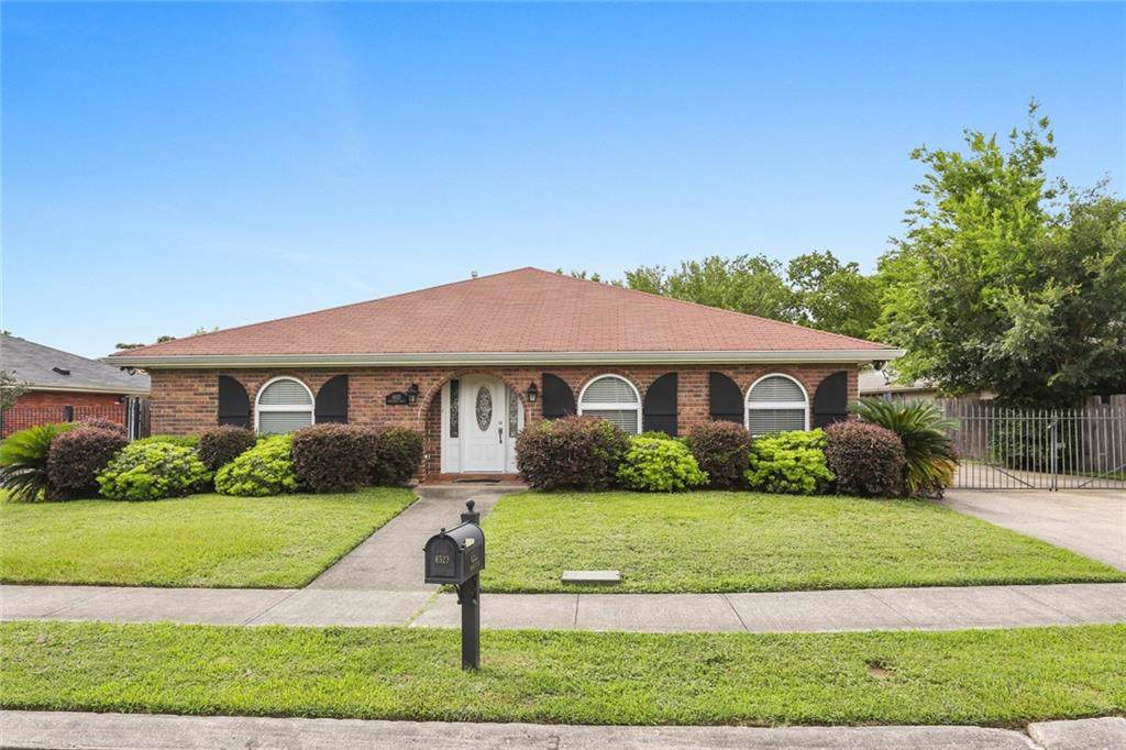 6523 Manchester Street, New Orleans, LA 70126 (MLS #2204882) :: ZMD Realty