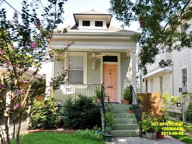 207 S Pierce Street, New Orleans, LA 70119 (MLS #2204934) :: Crescent City Living LLC