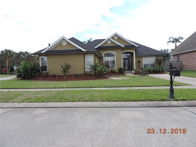 241 Little Bayou Lane, Kenner, LA 70065 (MLS #2205072) :: Watermark Realty LLC
