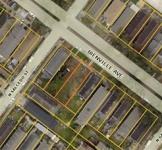 3024-26 Bienville Street, New Orleans, LA 70119 (MLS #2205311) :: Top Agent Realty