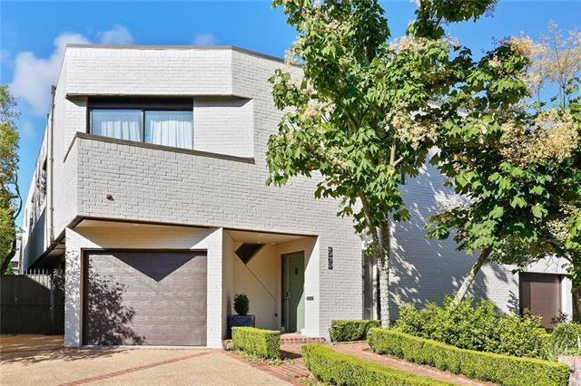 6050 Chestnut Street, New Orleans, LA 70118 (MLS #2205312) :: Inhab Real Estate
