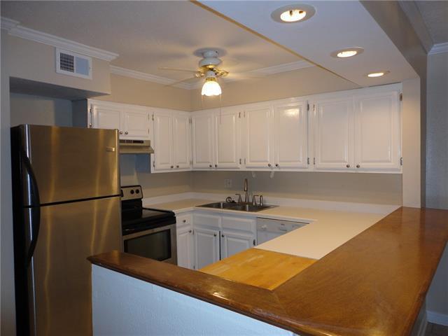500 Lake Marina Drive #210, New Orleans, LA 70124 (MLS #2205341) :: Watermark Realty LLC