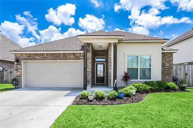 205 West Lake Court, Slidell, LA 70461 (MLS #2205355) :: The Sibley Group