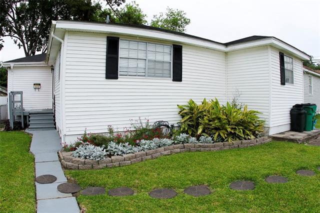 321 Montgomery Avenue, Metairie, LA 70003 (MLS #2205646) :: Watermark Realty LLC