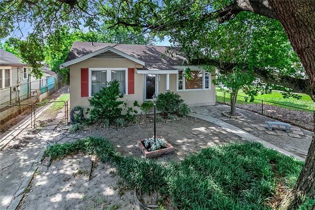 620 Avenue H Avenue, Westwego, LA 70094 (MLS #2205934) :: Inhab Real Estate