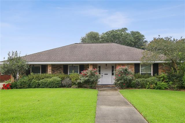 620 Adee Lane, Gretna, LA 70056 (MLS #2206360) :: Top Agent Realty