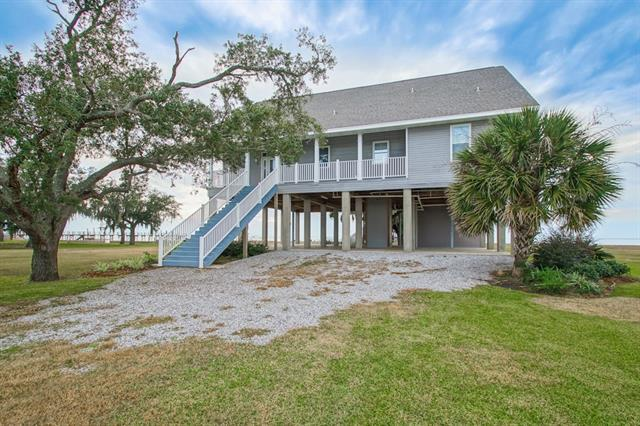 24 N Treasure Isle Road, Slidell, LA 70461 (MLS #2206485) :: Robin Realty