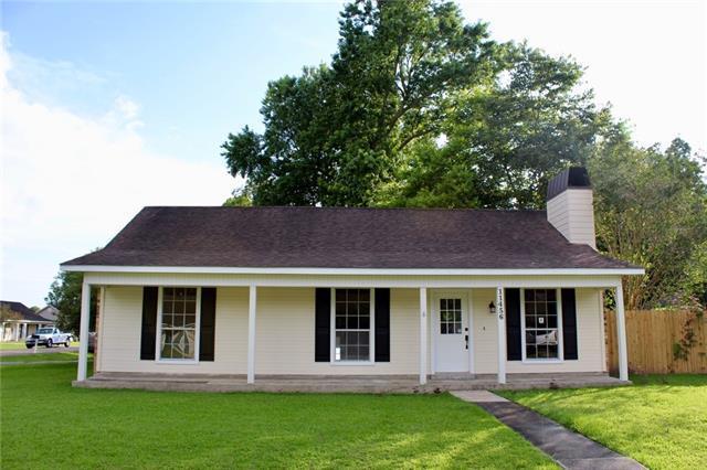 11456 Bainbridge Avenue, Baton Rouge, LA 70817 (MLS #2206824) :: Turner Real Estate Group