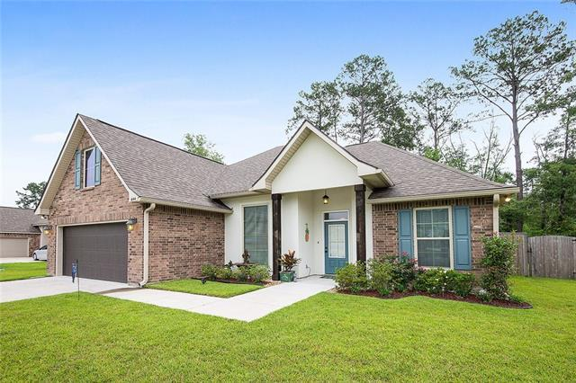 644 English Oak Drive, Madisonville, LA 70447 (MLS #2207195) :: Turner Real Estate Group