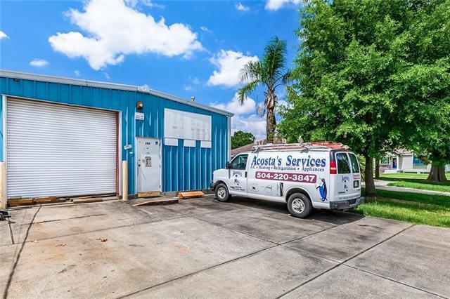 108 W Girod Street, Chalmette, LA 70043 (MLS #2208817) :: Watermark Realty LLC