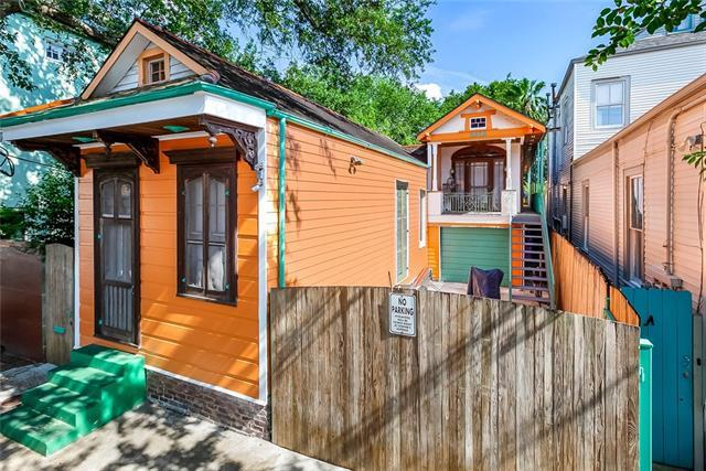 2328 Chartres Street, New Orleans, LA 70117 (MLS #2208830) :: Inhab Real Estate
