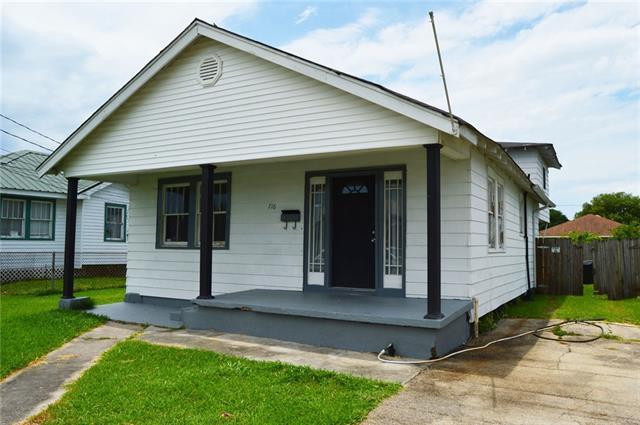 716 Avenue D, Westwego, LA 70094 (MLS #2209100) :: Inhab Real Estate