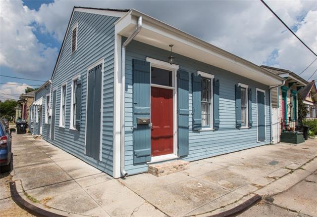 3231 Annunciation Street, New Orleans, LA 70115 (MLS #2209182) :: Watermark Realty LLC