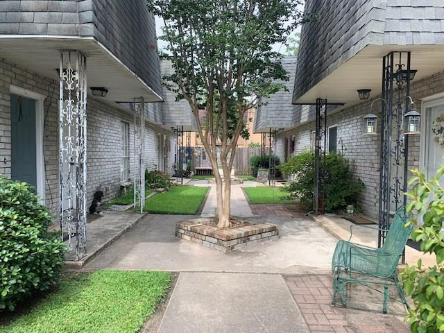 9 Houmas Place A, Destrehan, LA 70047 (MLS #2209385) :: Top Agent Realty