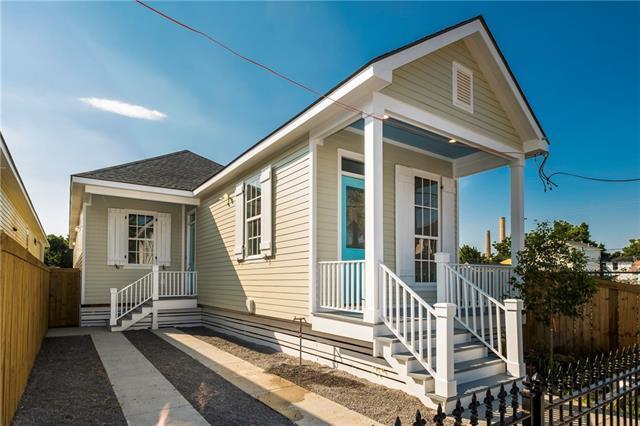 1718 Leonidas Street, New Orleans, LA 70118 (MLS #2209443) :: Inhab Real Estate