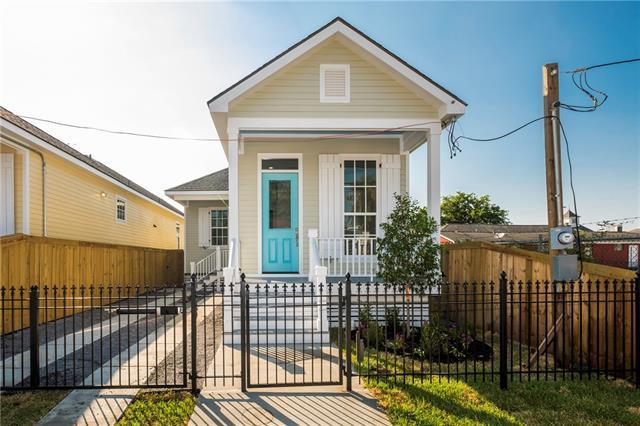 1720 Leonidas Street, New Orleans, LA 70118 (MLS #2209445) :: Inhab Real Estate
