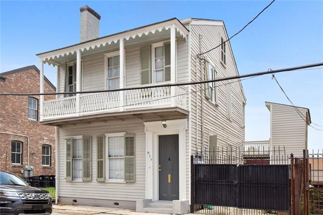 917 Terpsichore Street, New Orleans, LA 70130 (MLS #2209539) :: Inhab Real Estate