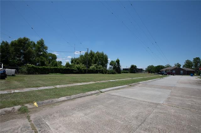 704 Daryl Drive, Chalmette, LA 70043 (MLS #2209674) :: Watermark Realty LLC