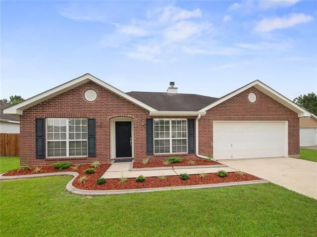 209 Spur Court, Covington, LA 70435 (MLS #2209675) :: Turner Real Estate Group