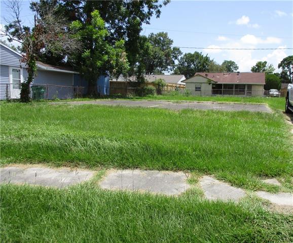 145 Rosalie Drive, Avondale, LA 70094 (MLS #2209775) :: Watermark Realty LLC