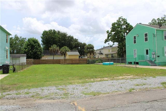 6017 Marigny Street, New Orleans, LA 70122 (MLS #2209809) :: Parkway Realty