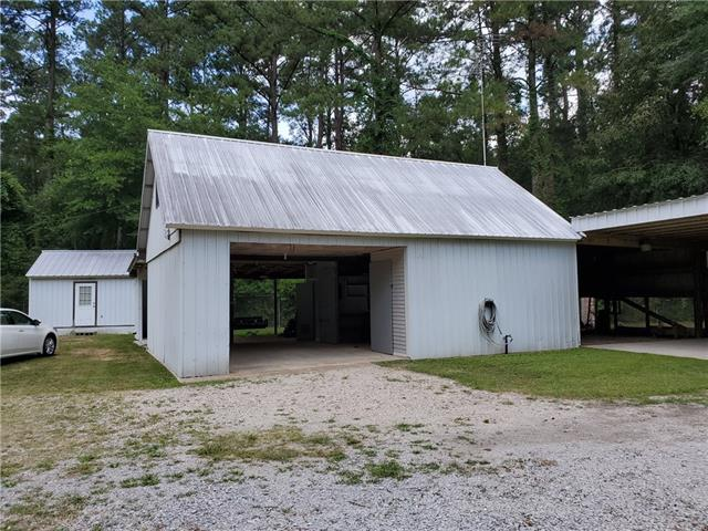 25607 Hwy 190 Highway, Lacombe, LA 70445 (MLS #2209872) :: The Sibley Group