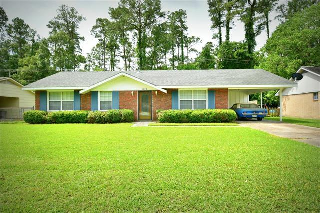 1353 Westlawn Drive, Slidell, LA 70458 (MLS #2210008) :: The Sibley Group