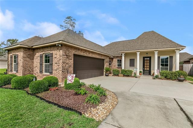 151 Raiford Oaks Boulevard, Madisonville, LA 70447 (MLS #2210038) :: Turner Real Estate Group