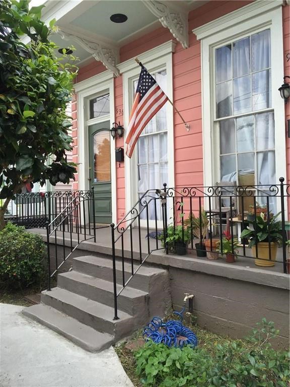 936 Pleasant Street, New Orleans, LA 70115 (MLS #2212635) :: Crescent City Living LLC