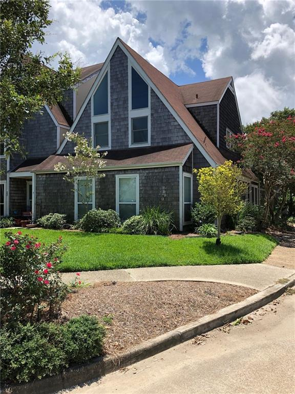 24 Mariners Cove North Cove, New Orleans, LA 70124 (MLS #2215307) :: The Sibley Group