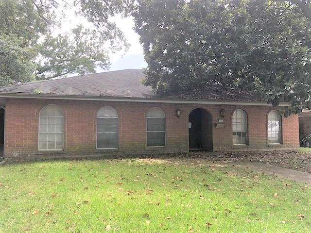 187 Sedgefield Drive, Harahan, LA 70123 (MLS #2215589) :: Crescent City Living LLC