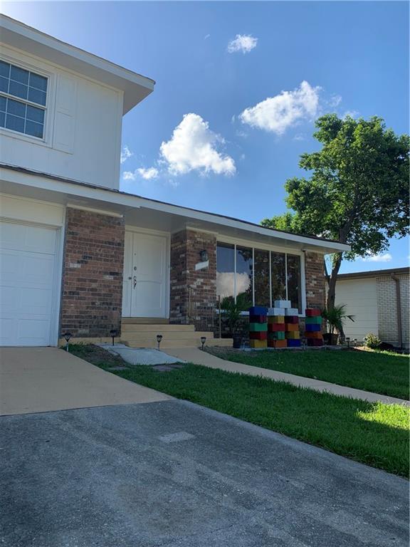 828 Lawrence Street, Gretna, LA 70056 (MLS #2216518) :: Top Agent Realty