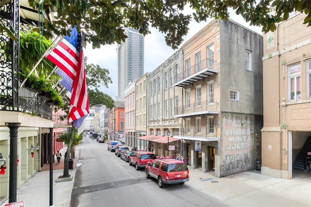 315 Decatur Street - Photo 1